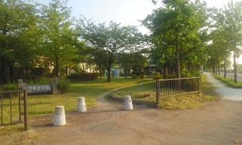 かもめ公園001.jpg