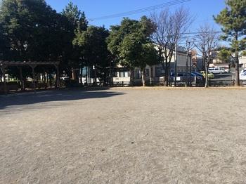 くつろぎの家公園001.jpg