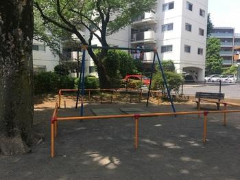 さんかく児童遊園003.jpg