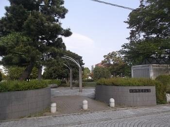 七軒町児童公園005.jpg