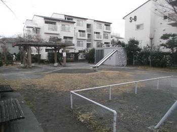 三枚橋日の出公園002.jpg