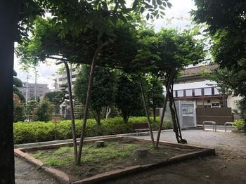 上田柄児童遊園004.jpg