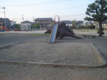 六共こども公園011.jpg