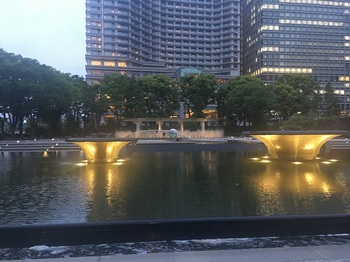 和田倉噴水公園002.jpg