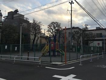 堤児童遊園001.jpg