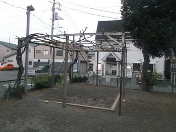 日の出公園002.jpg