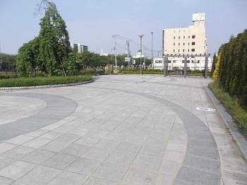 水戸駅南口さくら西公園002.jpg