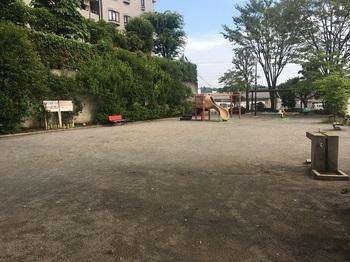 菅生二丁目公園002.jpg
