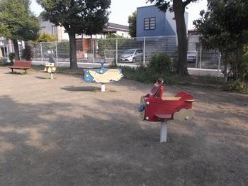 裡一丁目児童公園007.jpg