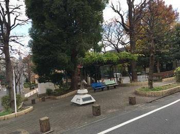馬込ゆりの木公園001.jpg