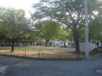 駅南公園001.jpg