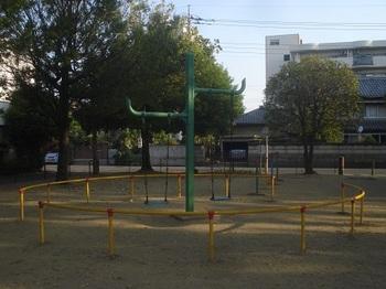 駅南公園002.jpg