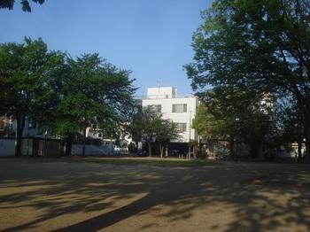 駅南公園006.jpg